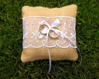Wedding ring pillow, Ring bearer pillow, country chic pillow, rustic chic pillow, original ring pillow, wedding country accessories