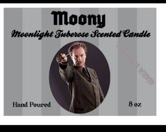 Harry Potter | Remus Lupin | Moony | Werewolf | Inspired Candle