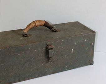 Metal Tool Box, Storage Box with interior tray, Tackle Box with reinforced corners, rustic industrial storage