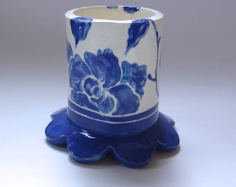 Delft Blue floral pottery Pencil Cup  :) home decor ceramic hand painted flower vase w/ indigo blue & white flowers, blue china collector