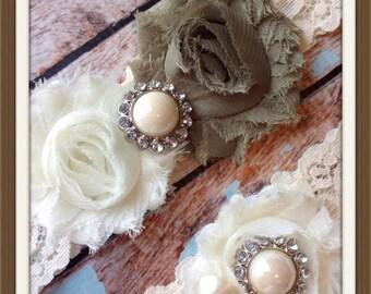 OLIVE  wedding garter set / bridal  garter/  lace garter / toss garter included /  wedding garter / vintage inspired lace garter