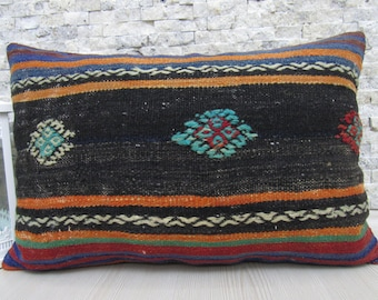 Needle Point Embroidery Hand Made Kilim Pillow Cover 16 x 24 Pale Color Turkish Pillow Boho Pillow Navajo Pillow Home Decor Ethnic Pillow