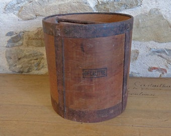 Antique French grain measure, Decalitre grain feed wooden bucket