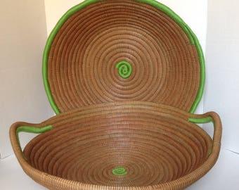 vintage large round baskets/entryway baskets/patio baskets/kitchen storage baskets/vanity baskets/ farmhouse fruit baskets/gathering baskets