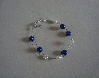 Double bracelet blue and white