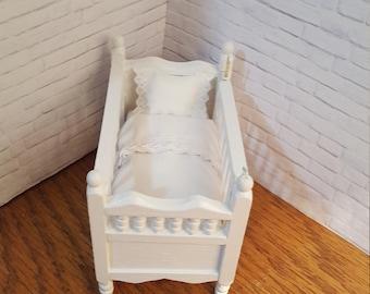 Dollhouse 1-12 scale doll crib, all white.