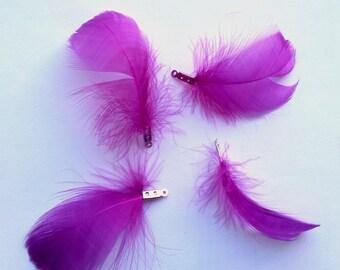 Lot de 2 breloques plumes violettes - métal argenté