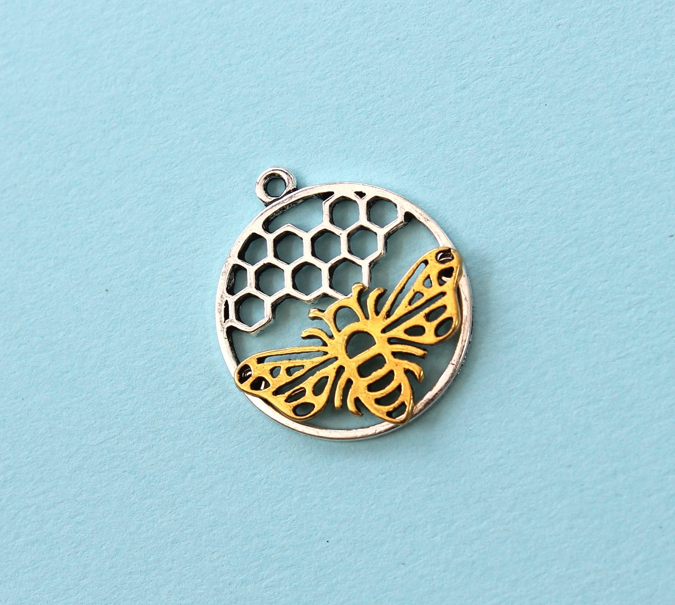 creating bee pendant necklace unkamen gold my filled honey products be rose