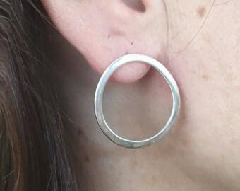 Silver round earrings, Round silver earrings, Round stud earrings, Silver earrings, Sterling earrings, Round earrings, Round Hoop Earrings,
