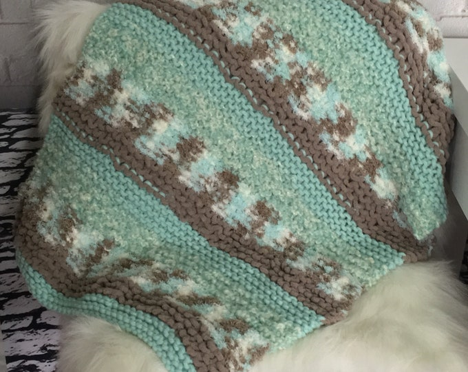 Knit blanket / cat blanket / dog blanket / gift for cat / pet gift / boho / new pet gift / furniture saver / knit cat blanket / cat mat