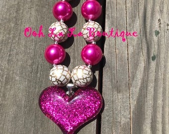Sparkling Heart Chunky Necklace