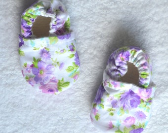 violet flowers booties violet baby girl soft sole baby shoe spring cotton baby shoes violet baby booties violet baby shower gift vio...