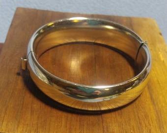 Bright Silver Tone Hinged Bangle Bracelet