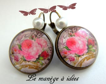 Earrings / sleeper/brass Metal, Cabochon, name of the Rose, romantic.