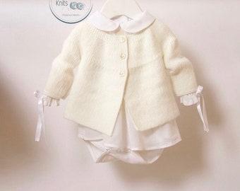 47 / Veste bébé / Explications tricot en Anglais / PDF Téléchargement Instantané / 4 Tailles : 0-3 mois / 6-9 mois / 12-18 mois et 24 mois