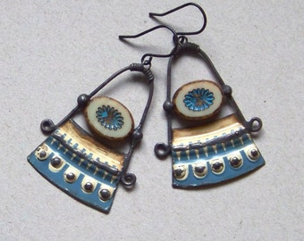 Recycled  tin earrings    *833