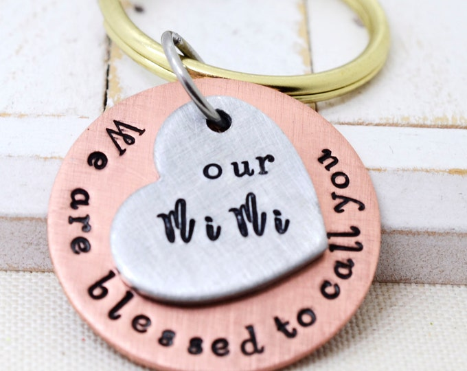Grandma Keychain, Gift for Grandma, Mothers Day Gifts, Grandmother Keychain, Grandma Gift Ideas, Mothers Day Jewelry, Personalized Keychain