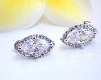 Wedding Jewelry, Silver, Cubic Zirconia, Bridal Jewelry, Bridal Earrings, Bride Earrings, Bridesmaid Earrings, Studs, Bridesmaid Gifts,Gifts