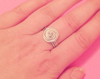 Spiral wire wrapped ring