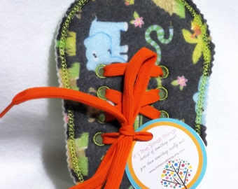 Learn to Tie Your Shoe - Felt Jungle - learn to lace - shoelace - learn to tie - how to lace shoes - Great Educational learning toy