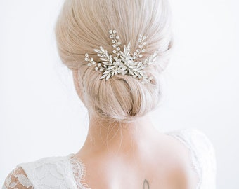 Silver Crystal Hair Comb, Silver Bridal Hair Comb, Silver Hair Comb, Rhinestone Hair Comb, Bridal hair comb, RosyroseStudio