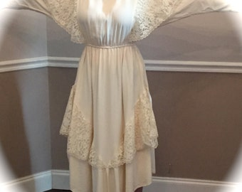 Beautiful offwhite cotton dress by Decisions / fits size 8 to 12 / boho / wedding