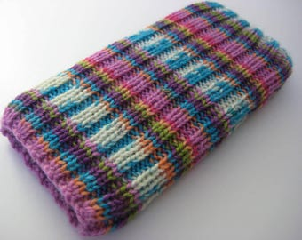 hand knitted wool iPhone 5 sock cosy - cellphone sock - iPhone SE phone sock - mobile case - pink phone sock - wool phone sock - striped
