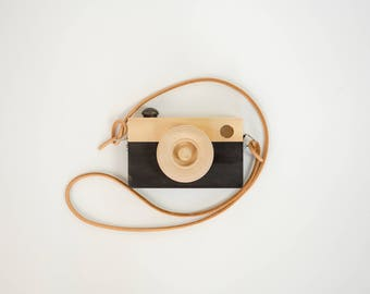 Toy Camera || Black || Leather Camera Strap || Pine