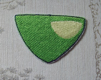 Steven Universe Peridot embroidered iron on patch.