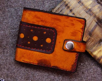 Leather wallet with brown design