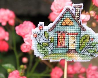 House cross stitch pattern - cute house- modern cross stitch - home decor - pattern pdf - small and easy cross stitch - cute cross stitch
