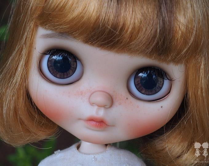 OOAK Custom Blythe Doll for Adoption : Peanut