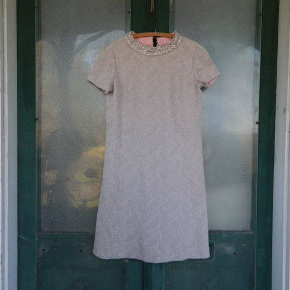 Vintage Leslie Fay Knits Short Sleeve Dress -S/M- Pale Pink with Silver Sparkle