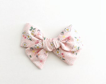 Pinwheel Bow | Ballet Slipper Floral