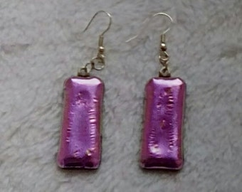 Snazzy slender hot pink dichroic glass earrings