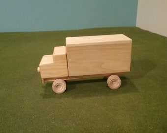 Wood Cargo Delivery Truck - Open Back