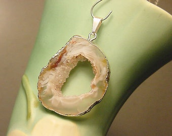 SALE Natural Oco Ocho Geode Slice Pendant Sterling Silver Plated  from Brazil 11F76