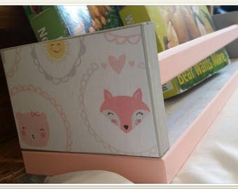 Customized cozy animals bookcase