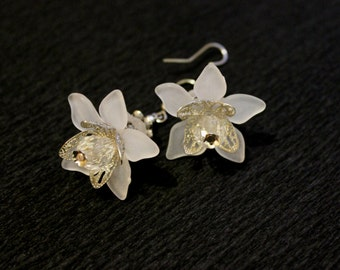White flower earring etsy quick view white lilies earrings white flower mightylinksfo