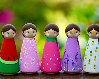 Spring Summer Peg Dolls, Dollhouse Figurines, Wooden Peg Doll Set, Flower Peg Dolls