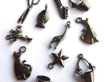 Set of 11 pendants mixed gunmetal DY020 L1