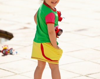 BEEETÚ tangy skirt for tough girls with Vensterzak + fish toy