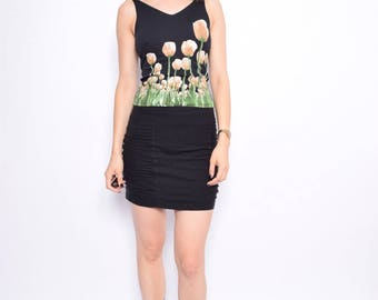 Vintage 90's Tulip Print Black Top / Flower Print Strappy Top - Size Small