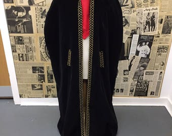 Vintage Black Velvet Cape with Gold Trim Full Length Theatre Size M / L CHEAP Postage UK & Worldwide