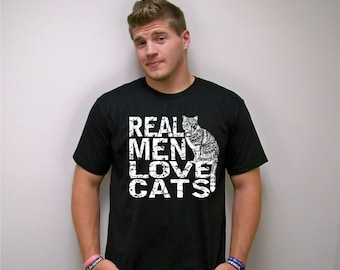 Cat shirt, boyfriend gift, funny tshirt, Real Men Love Cats, cats, cat lover gift, Mens t shirt, t-shirt men, graphic tee, cat dad t-shirt