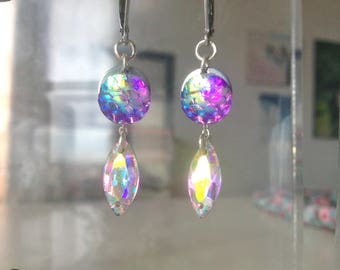 Ultra violet earrings cabochon effect resin purple Mermaid scale and drop glass white AB pink highlights, stainless steel