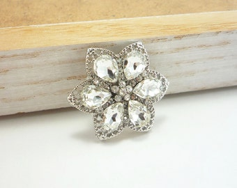 Rhinestone Flower Button with Large Faceted Crystals (30mm, 1pc)