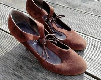 Retro shoes 37