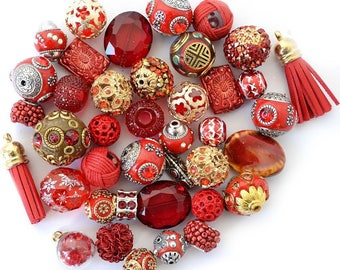 40 Piece Lady In Red Focal Beads