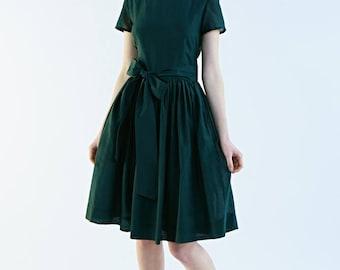Green bridesmaid dress Bridesmaid dresses 50s  Fit and flare Green 1950s dress Boat neck dress Plus size dress Dark green dress Handmade